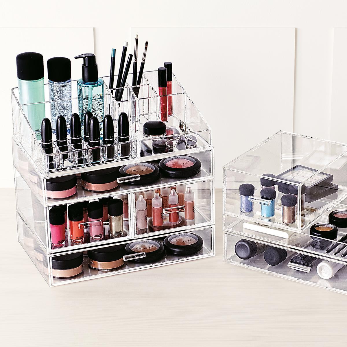 Selecting The Best Makeup Organizer