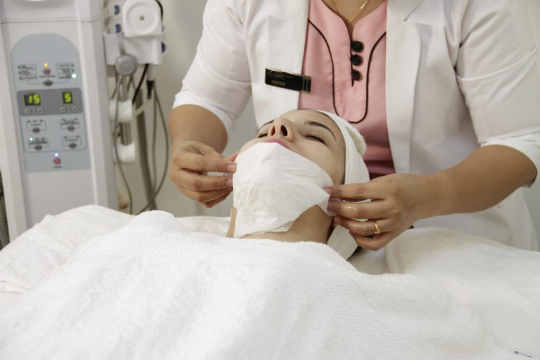 Shut Your Eyes For Few Hours And Wake Up To A New You- Laser Treatments